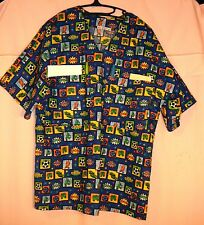Soccer Icons on Blue Scrubs Top w 4 Pockets (2 in BACK) Mens size Small FSMTP18