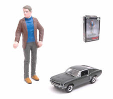Ford Mustang Gt Fastback 1:64 + Steve McQueen Figure 1:18 Model GREEN LIGHT