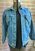 Vintage Levi's Denim Trucker Jean Jacket USA Men's Pockets sz 40