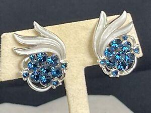 Vintage Crown TRIFARI signed Blue Rhinestone Silver Tone Earrings Clip on
