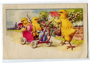 CPA Fantaisie Joyeuses Pâques Poussins humanisés et poussette