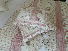 Shabby Chic Vintage/Retro Decorative Quilts & Bedspreads