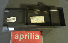 NEW GENUINE APRILIA AF1 FUTURA 125 90-92 REAR MUDGUARD, BLACK AP8126221 (GB)