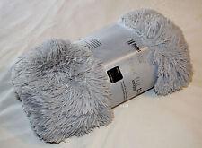 Hotel Living Light Grey Faux Fur Soft Shaggy Throw Rug 130cm x 160cm New