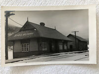 1930 Vintage Shelburne Train Station Depot Rail Train Postcard New Hampshire