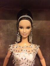 Etiqueta Platinum, Badgley mishkca, Muñeca Barbie Novia (versión Morena) Ltd