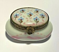 Limoges Vintage Hand Painted Box w/ Floral Design ~ Excellent condition