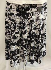 Isle Ladies Skirt - Black & White - Size 18