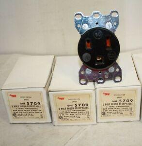 (3) COOPER ARROW HART 5709 WELDER OUTLET FLUSH RECEPTACLE