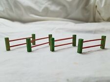 German fencing, 4 piece red and green fencing, each section 2 1/4 inches long.