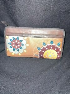 Fossil Floral Leather Ladies Long Wallet Purse