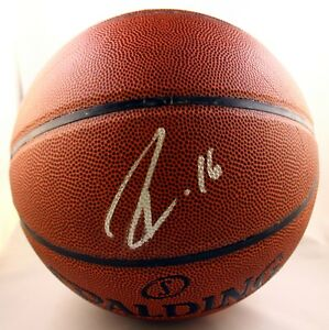 Los Angeles Lakers Pau Gasol Signed Basketball COA