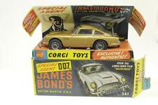 Corgi #261 - James Bond Aston Martin - Gold - B/C