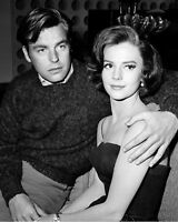 ROBERT WAGNER AND NATALIE WOOD - 8X10 PUBLICITY PHOTO (ZY-961)