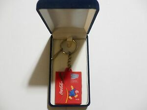 2004 Olympic Games Athens Greece Mascot Phevos Keychain FOOTBALL Coca Cola NICE!
