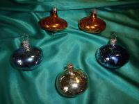 ~ 5 alte Christbaumkugeln Glas Ufos Kreisel gold blau silber Weihnachtskugeln ~