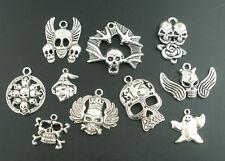 Supplie Pendentif TETE DE MORT HALLOWEEN MIX métal différentes tailles 5x #01.00077