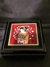 CHOKIN COLLECTION LACQUER GEISHA GIRL MUSICAL JEWELERY BOX