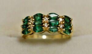 Vintage 14k Yellow Gold Ladies Ring w/ 6 Diamonds & 12 Emeralds. Size 7