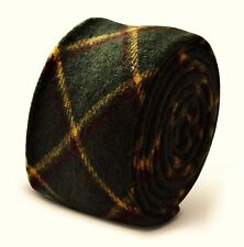 Frederick Thomas mens wool tweed tie in dark bottle green check FT3378
