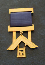 Past Master gold plated Jewel For Masonic Collar Regalia Freemasonry