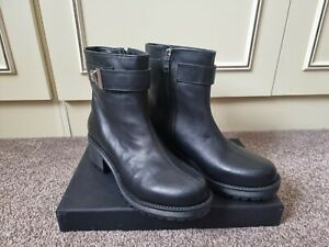 Love Moschino Real Leather Boots Size UK 6 (EU 39)