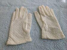Off White Ladies Vintage Gloves Small 100% Stretch Nylon
