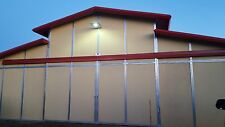 15W SOLAR POWERED LED WALKWAY and BARN LIGHT