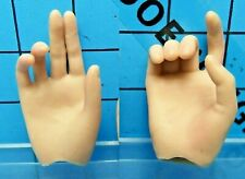 Hot Toys 1:6 MMS125 Terminator 2 Sarah Connor Figure - hold gun + cigarette palm