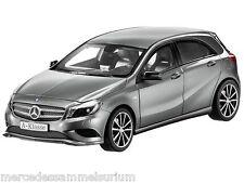 Mercedes Benz W 176 A Klasse/A Class Sport Equipment Grau/Grey 1:18 Neu/New