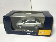 Opel Vectra C  4 portes 1/43 Schuco Metallic Silver