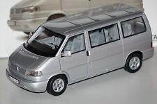 VW T4b Bus silber 1:18 Schuco 450041500 neu & OVP