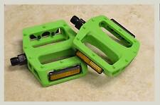 """NEW Neon GREEN Plat Form Pedal FIXIE BMX MTB Bicycle Bike PEDALS 9/16""""  Bicycle"""