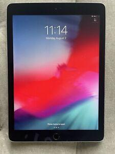 Apple iPad Pro 1st Gen Wi-Fi + Cellular Unlocked, 9.7 in Grey