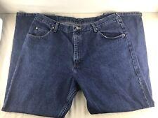 Men's Wrangler Medium Blue Relaxed Denim Cotton Jeans  Size 40 x 30