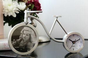 Modern Aluminium Desk Table Clock Home Decoration Roman Numeral - Stylish