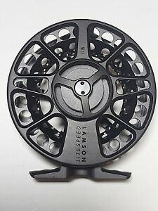 NEW in soft case Lamson Litespeed Size 3+  2-4 wt G5 Fly Fishing Reel Blackout