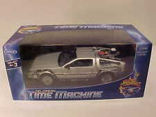 BACK TO THE FUTURE Part 2 DeLorean 1981 Time Machine Die-cast 1:24 Welly 7 inch