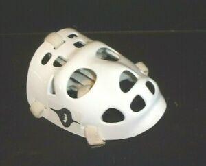 ALICE COOPER EYES ON A  SMALL SIZED REAL MYLEC HOCKEY MASK MY STARS IT'S COOL