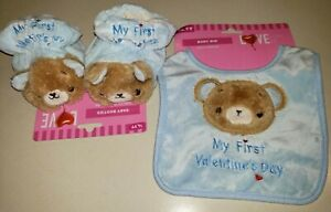 NEW NWT baby boys BLUE SLIPPERS MATCHING BIB MY FIRST VALENTINES DAY teddy bears