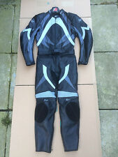 "Figo Mens Two Piece Race Leather Motorbike Suit Size UK 34"" Chest 28"" Waist (#V)"