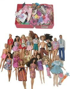 Vintage Mattel Early 1960's and up Barbies, Clothes and Case!