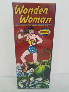 Sealed Moebius Models Wonder Woman All-Plastic Assembly Kit DR