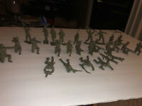 """Vintage Tim Mee Army Soldiers 60/70mm 3"""" 1950's Plastic Lot Of 29"""