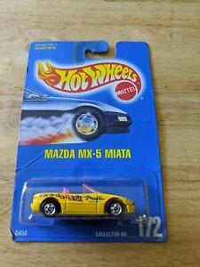 NEW MATTEL HOT WHEELS 1991 BLUE CARD YELLOW MAZDA MX-5 MIATA 172 #0454 NIP