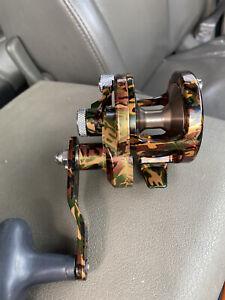 Avet SXJ 5.3 Single Speed Lever Drag Fishing Reel SXJ5.3 Right Hand - GREEN CAMO