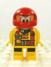 "LEGO DUPLO RACE CAR DRIVER w// HELMET VISOR 2.5/"" FIGURE Rare Racecar MAN"