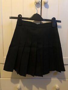Korean black pleated skort 24 waist