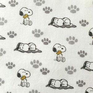 FQ PEANUTS SNOOPY WOODSTOCK CHARLIE BROWN DOG CHARACTER FABRIC