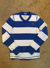 ABERCROMBIE AND FITCH LONG SLEEVED V-NECK PULLOVER...SIZE SMALL